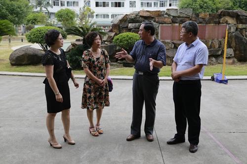秦皇岛市卫生学校校长刘忠就护理职业教育到我公寓